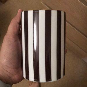 Henri Bendel mini case/brush holder